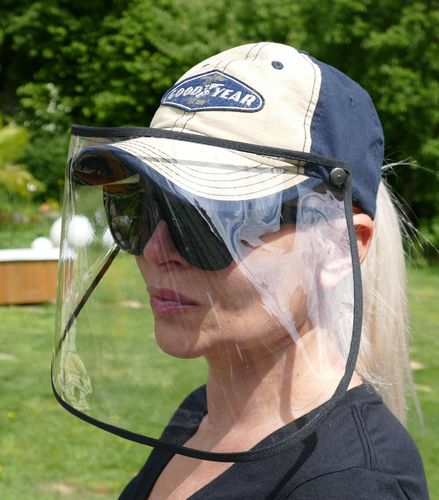 "Basecap ""GoodYear"" with faceshield"